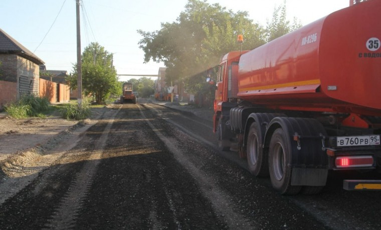 В Грозном в рамках дорожного нацпроекта приступили к ремонту улицы имени Зои Космодемьянской
