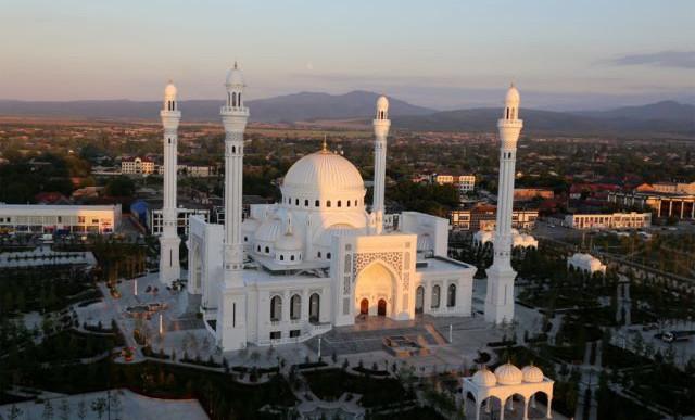 Минтуризма ЧР организует экскурсию по святыням республики