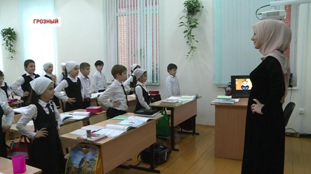 В школах Чечни проводят профилактические мероприятия по поддержанию здоровья детей
