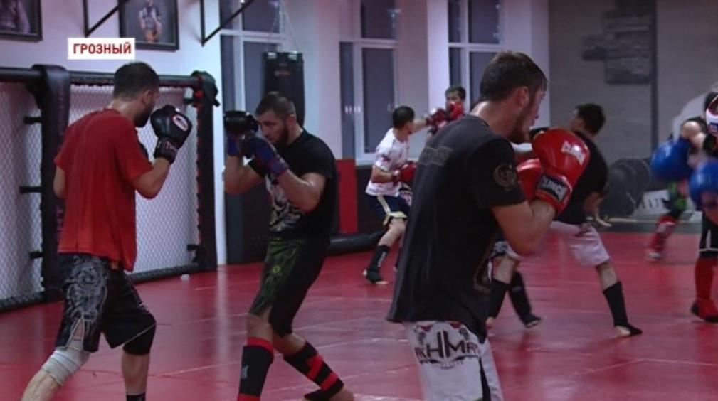 Бойцы клуба «Ахмат» готовятся к финалу Международного турнира по смешанным единоборствам