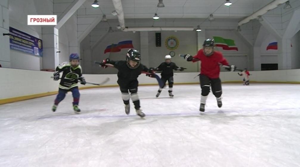 Команда «Грозный» стала призером на Всероссийском детском хоккейном турнире «Противостояние»
