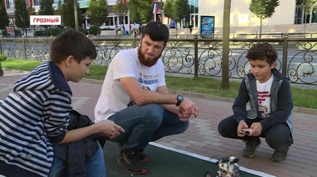 Рустам Сайдулаев: В своей школе воспитываю будущих инженеров и специалистов по робототехнике