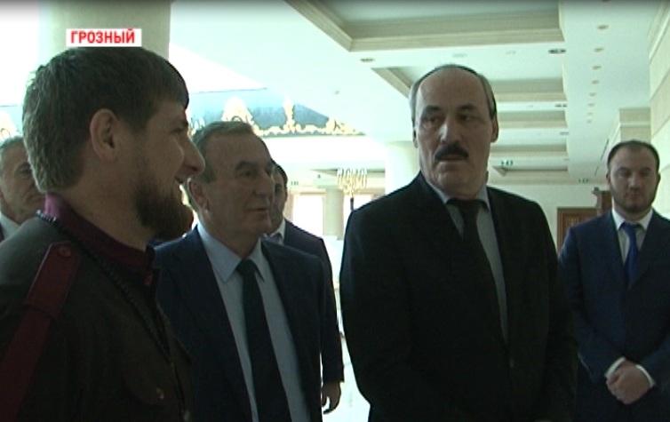 Р. Абдулатипов: Мне будет полезен опыт Рамзана Кадырова в развитии Дагестана