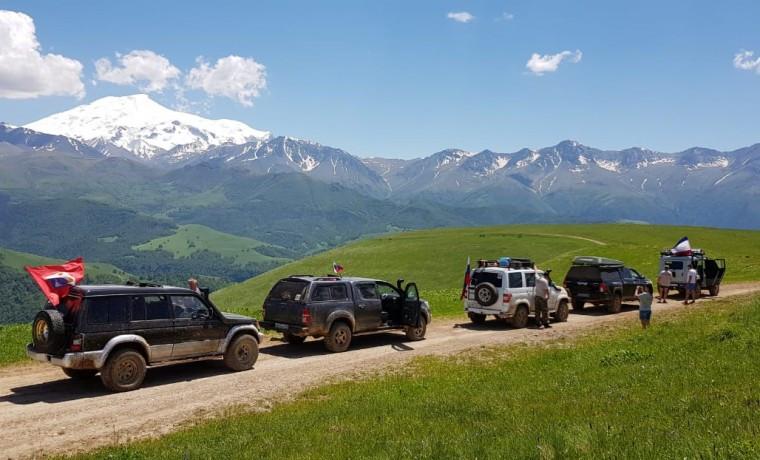 Внедорожный фестиваль «Горы-Горы» пройдет на курорте «Ведучи»
