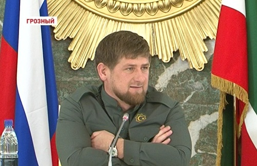 Р. Кадыров отвечает на вопросы блогеров России