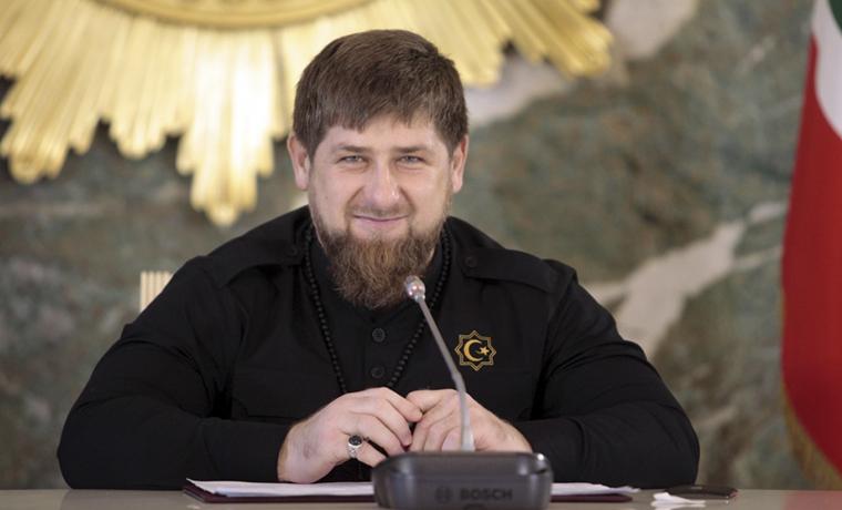 Рамзан Кадыров: Я искренне поздравляю всех женщин Чечни и всей России с 8 марта