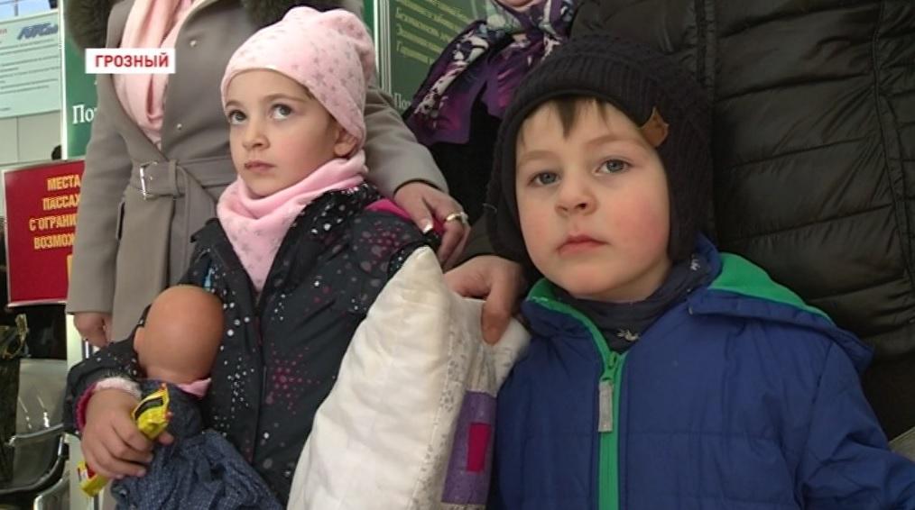 Жительница Чечни вернула своих внуков из детского дома в Германии