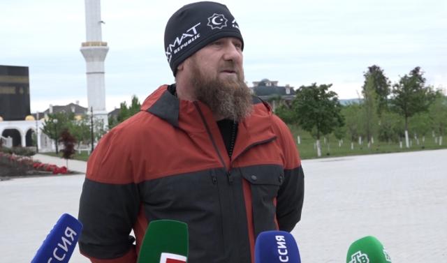 Рамзан Кадыров заявил, что снимать ограничения в ЧР будут в соответствии с рекомендациями Роспотребнадзора
