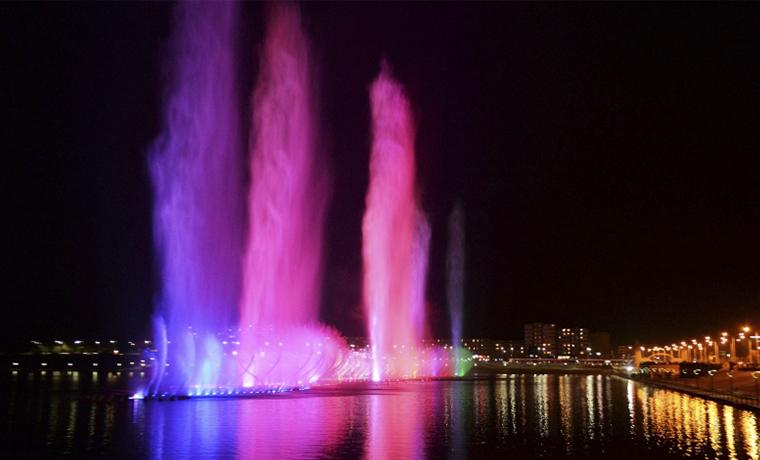 Цветомузыкальный фонтан на «Грозненском море» стал излюбленным местом посещения туристов