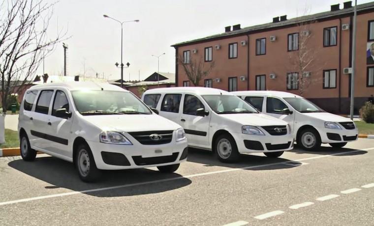 РОФ им. Ахмата-Хаджи Кадырова передал спецподразделению СОБР «Терек» три автомобиля