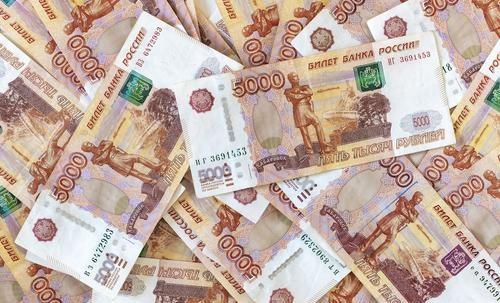 Правительство одобрило единовременную выплату семьям с детьми старше 6 лет