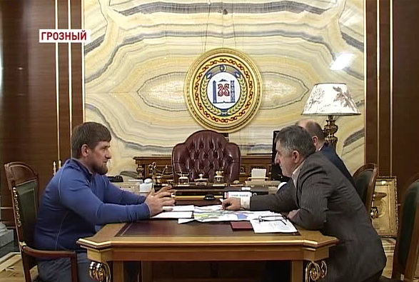 Встреча Главы Республики с Б.Хаджаевым и Г.Таймасхановым