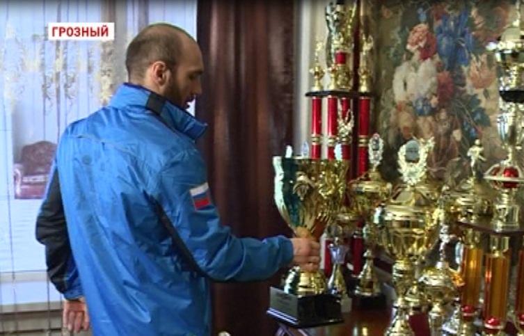 Очередная победа Адама Халиева
