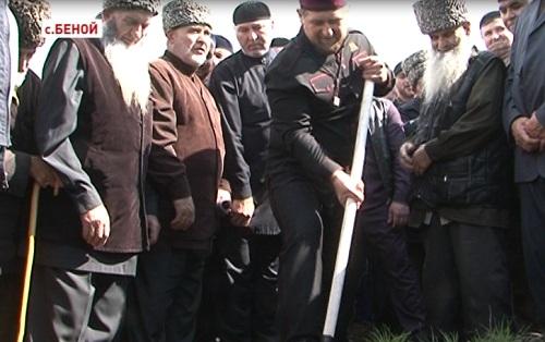 В Гудермесском районе заложена капсула под строительство мечети имени Сайд-Ахмеда Манцигова