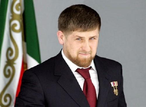 В Грозном прошло торжественное собрание в честь Дня мира