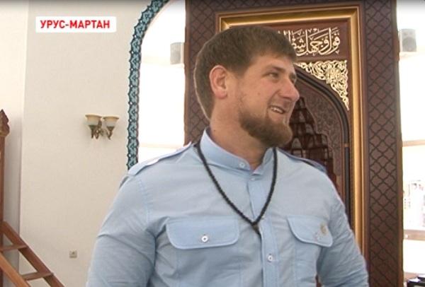 Рамзан Кадыров проинспектировал строительство школы хафизов в Урус-Мартане