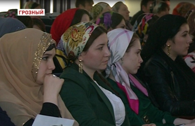 В Грозном прошла ярмарка вакансий «Выпускник – 2013»