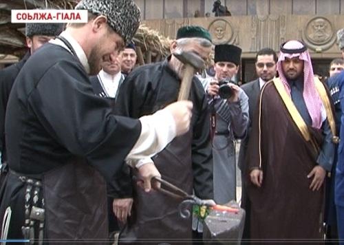 Р. Кадыров принял участие в торжественном мероприятии, посвященном Дню чеченского языка